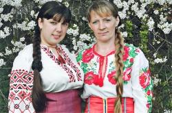 Антоніна Шкуринськіа та  Іванна Осіпчук