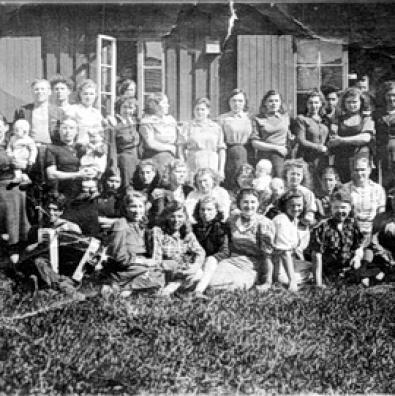 Народжені в концтаборі біля Полярного кола   Разом із норвезькими кінематографістами «Житомирщина» розшукує дітей, народжених у нацистській неволі в Норвегії